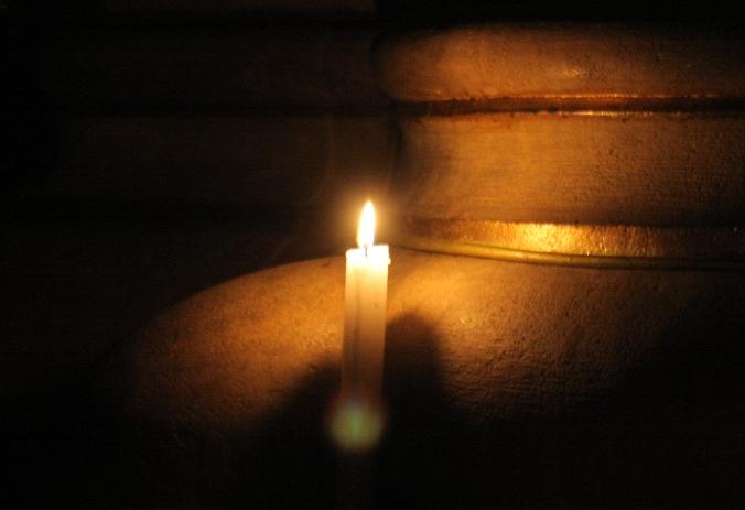 http://uj.katolikus.hu/kepek/2006/nagy/kep_nagyszombat.JPG