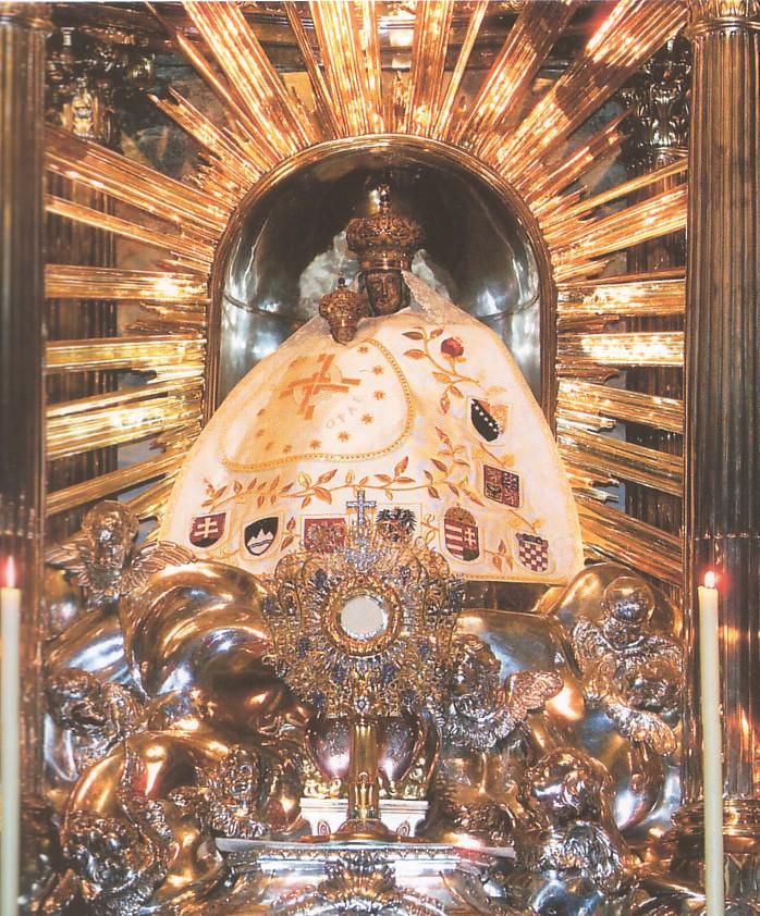 """A következő kép nem jeleníthető meg, mert hibákat tartalmaz: """"http://uj.katolikus.hu/kepek/2006/nagy/mariazell.jpg""""."""